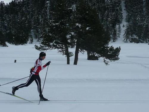 Iñaki esquiando fondo