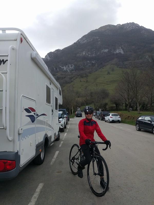 Desde Larraitz con la bicicleta de carretera